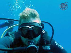 Volcano-Diver-Chris